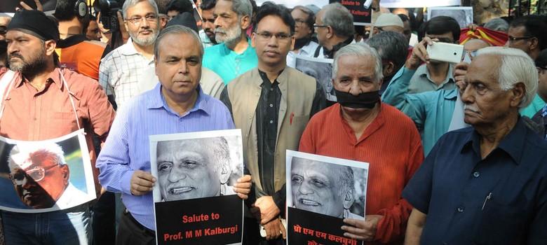Take back awards, Sahitya Akademi urges dissenting writers