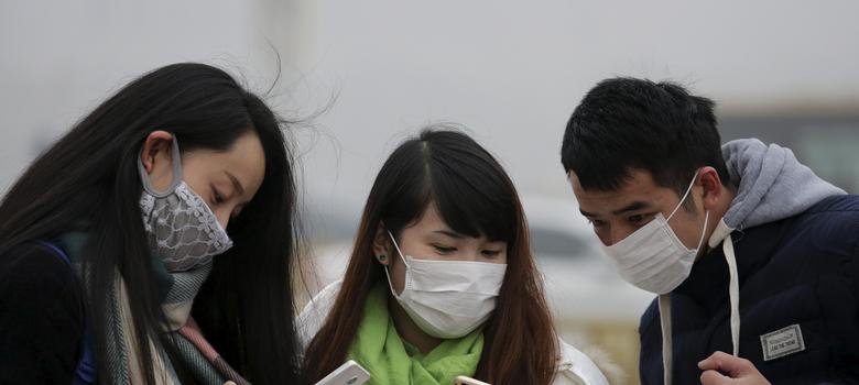 Delhi People As Masks Wearing Pollution Chokes Aren't Why More