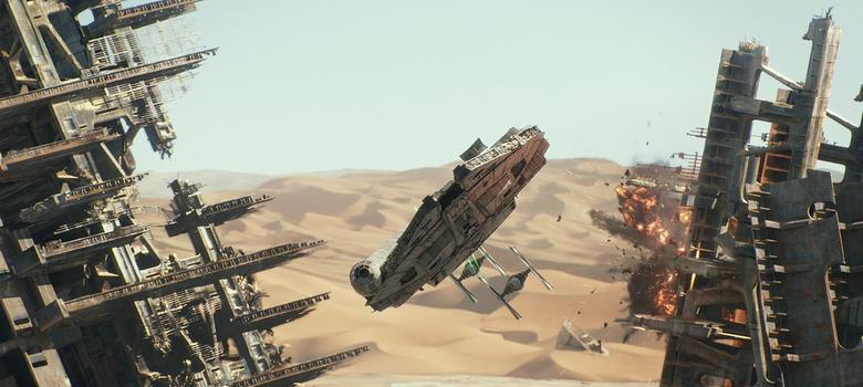 Film review: Old faces and new thrills come together perfectly in 'Star Wars: The Force Awakens'
