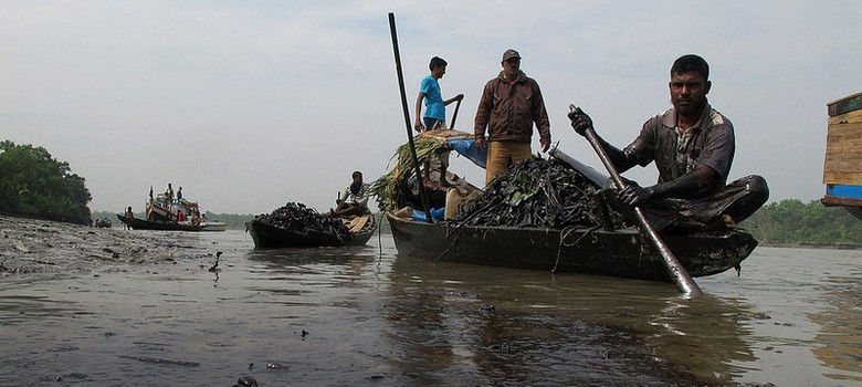 Jolted by oil spills, Bangladesh finally activates  regional cooperation agreement
