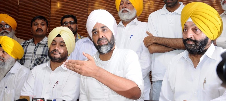 Before Congress can gain from Manpreet Badal's strengths, it will have to deal with its own weaknesses