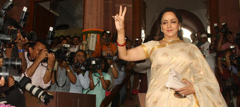 Hema Malini received land worth Rs 40 crore for Rs 70,000, finds RTI activist