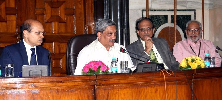 Centre found $3 billion of defence money lying unused in US account, says Manohar Parrikar
