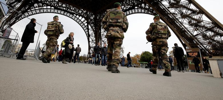 Paris attacks suspect Salah Abdeslam arrested in Brussels
