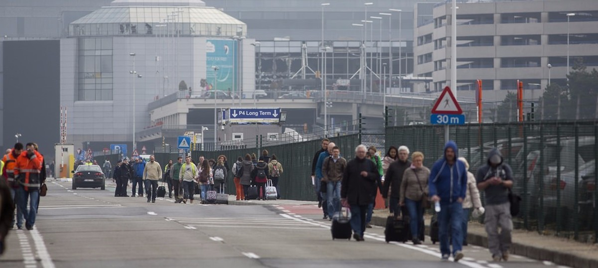 Islamic State claims Brussels attacks, toll rises to 34