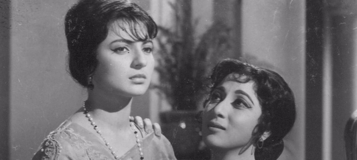 Films that are 50: When Dharmendra completed Guru Dutt's dream in 'Baharen Phir Bhi Aayengi'