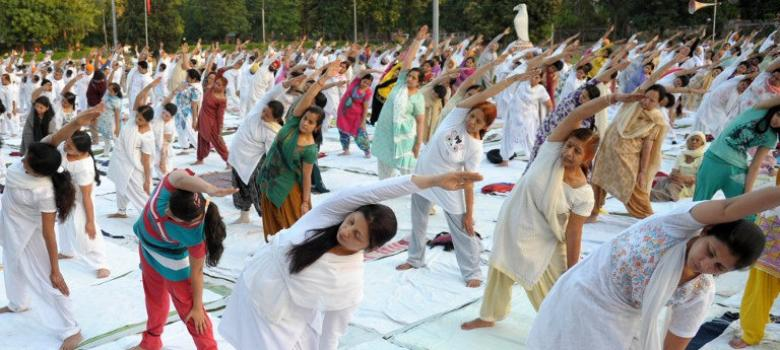 Reduce pain and manage symptoms: What research says about yoga for cancer