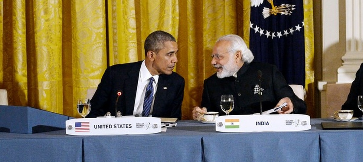 India and Pakistan need to make progress in reducing their nuclear arsenal, says Barack Obama