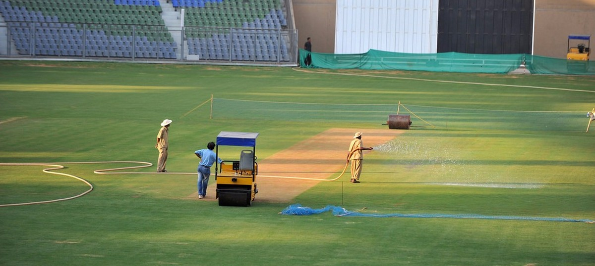 Maharashtra drought: Bombay HC says using water to maintain pitches for IPL is 'criminal wastage'