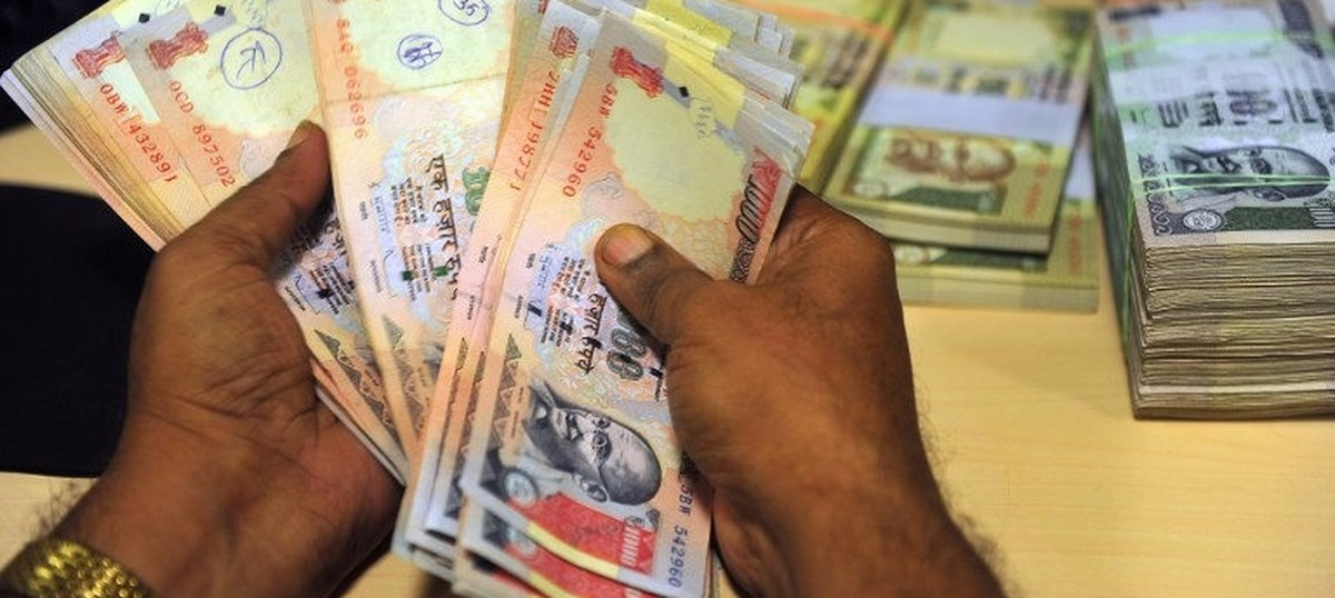 Election Commission seizes Rs 49 crore of illegal money from poll-bound states