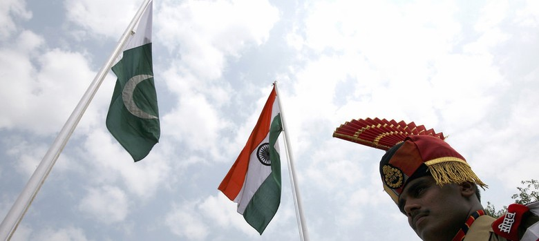 Centre approves five-layer lock along Pakistan border to prevent infiltration: The Times of India