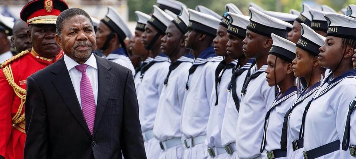 Are poor societies stuck with dictators?