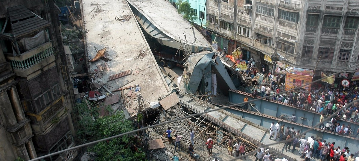 Preliminary report reveals shoddy material was used for Kolkata flyover that collapsed: Telegraph