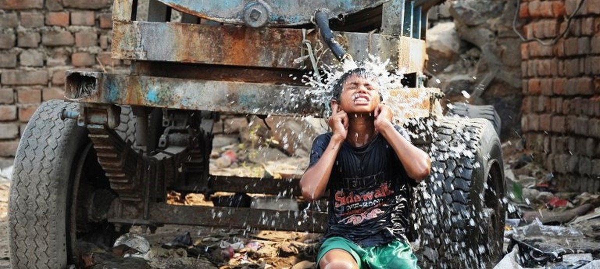 At least 60 dead across India as heat wave worsens