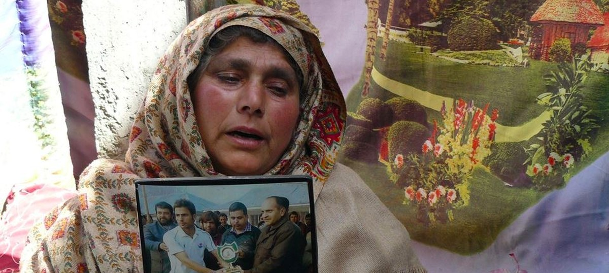 These 10 articles on the Handwara protests perfectly follow the Kashmir Op-Ed script