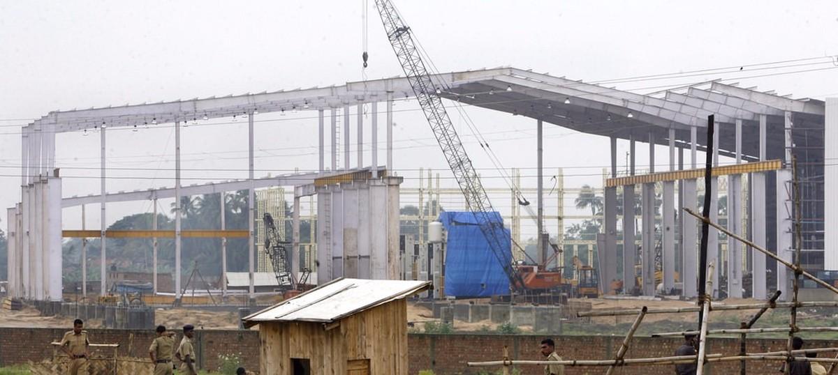 West Bengal: Singur land acquisition deal for Tata-Nano project was a farce, says Supreme Court