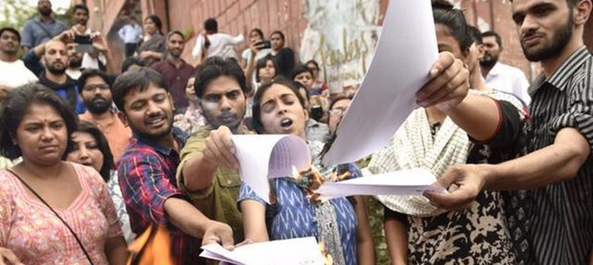 JNU students call off their hunger strike after High Court stays disciplinary action against them