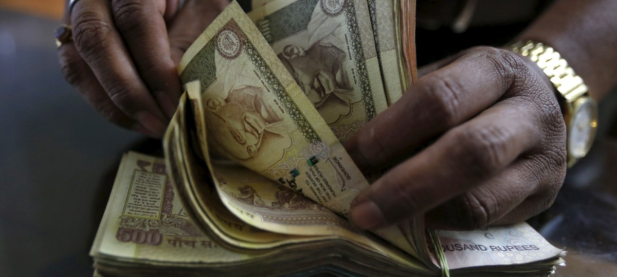 Political parties collected Rs 2,107 crore in cash during state elections in 2004-2015, finds survey
