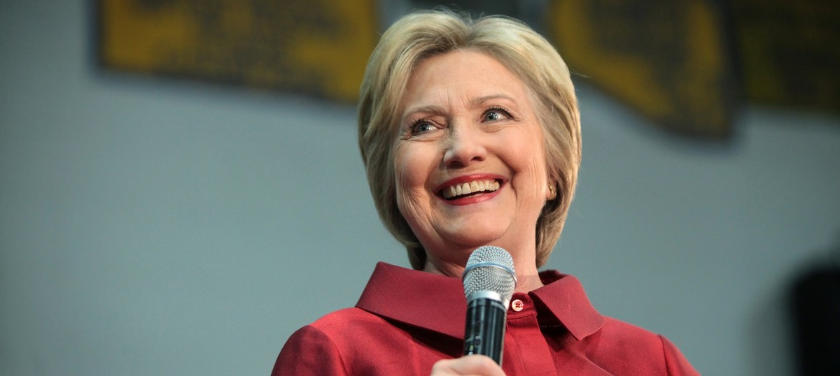 Hillary Clinton wins Democratic primary in Washington DC, set to meet with Bernie Sanders