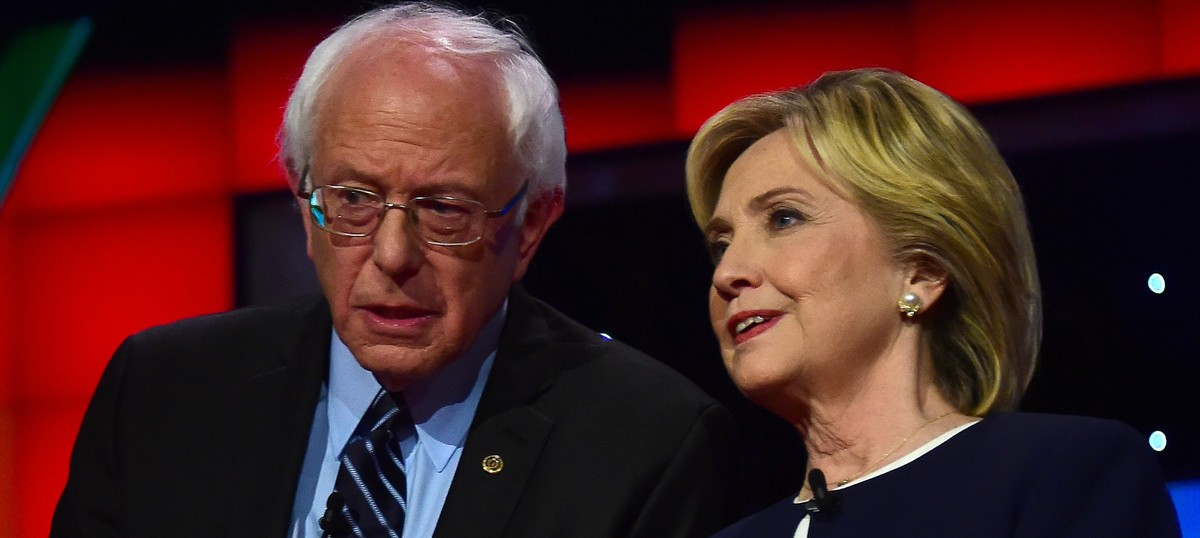 Bernie Sanders endorses Democratic presidential candidate Hillary Clinton at New Hampshire