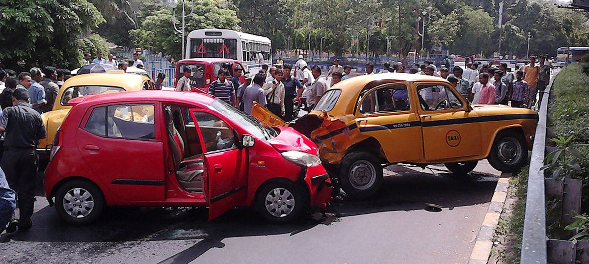 There were 7 hit-and-run cases every hour in India in 2015...