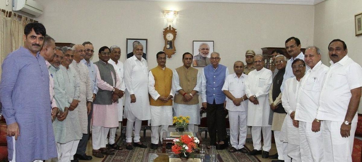Vijay Rupani stakes claim to form Gujarat government