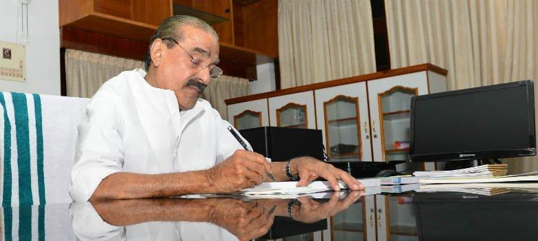 Congress gets more shaky in Kerala as ally quits United Democratic Front