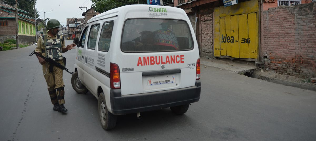 Curbs on ferrying patients at night in Kashmir after ambulance driver was shot: Indian Express