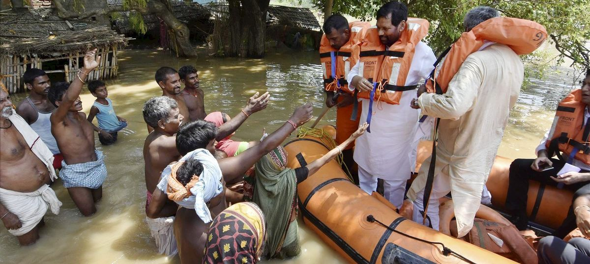 Bihar flood toll reaches 37 with eight more deaths