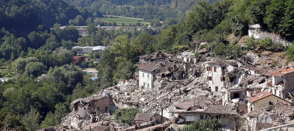 Toll in central Italy earthquake rises to 281, state funeral to be held