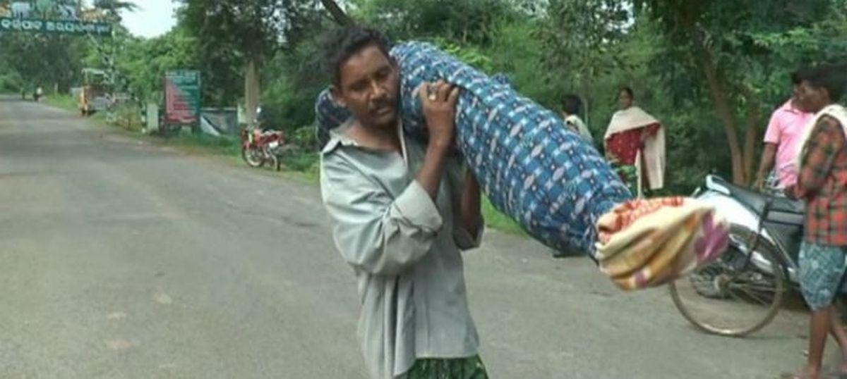In photos: The many Dana Majhis of Odisha