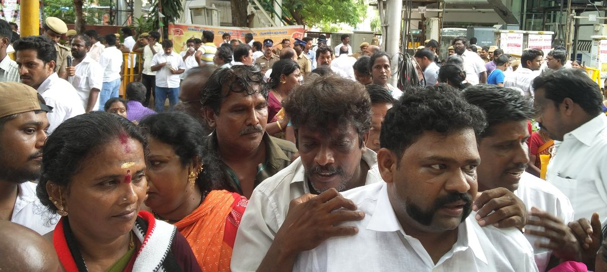 Just how ill is Jayalalitha? Party workers throng outside the Chennai hospital in wait
