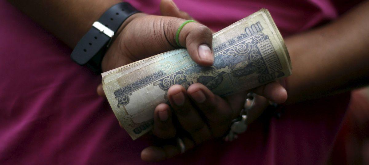 Delhi: CBI arrests Tis Hazari court judge and two others in bribery case