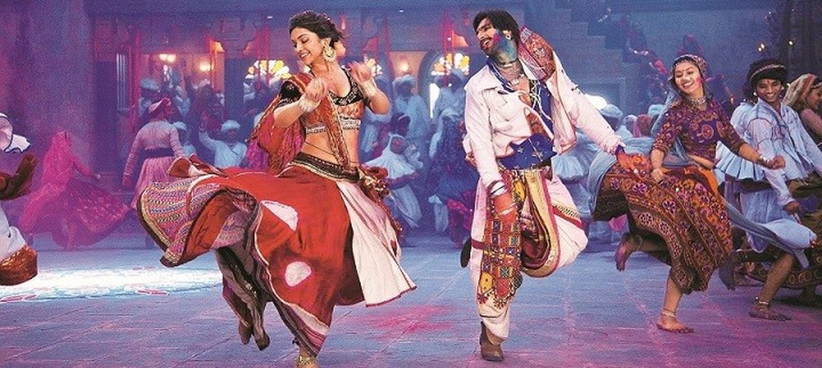 The dandiya songs that do not need a deejay's turntable to spice up Navratri nights