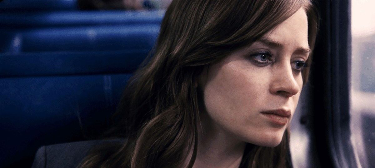 Film review: 'The Girl on the Train' struggles to stay on track