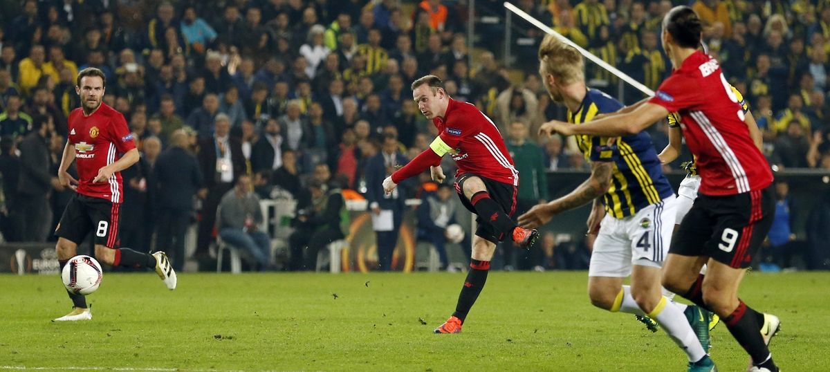 Watch: Fenerbahce vs Manchester United – a tale of three exquisite goals