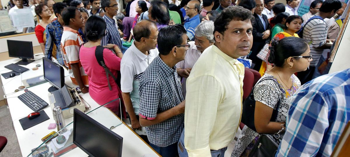 The big news: Thousands throng banks to deposit scrapped notes, and nine other top stories