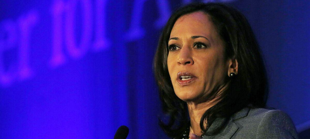 Indian-American senator-elect Kamala Harris pledges to fight Donald Trump's immigration policies