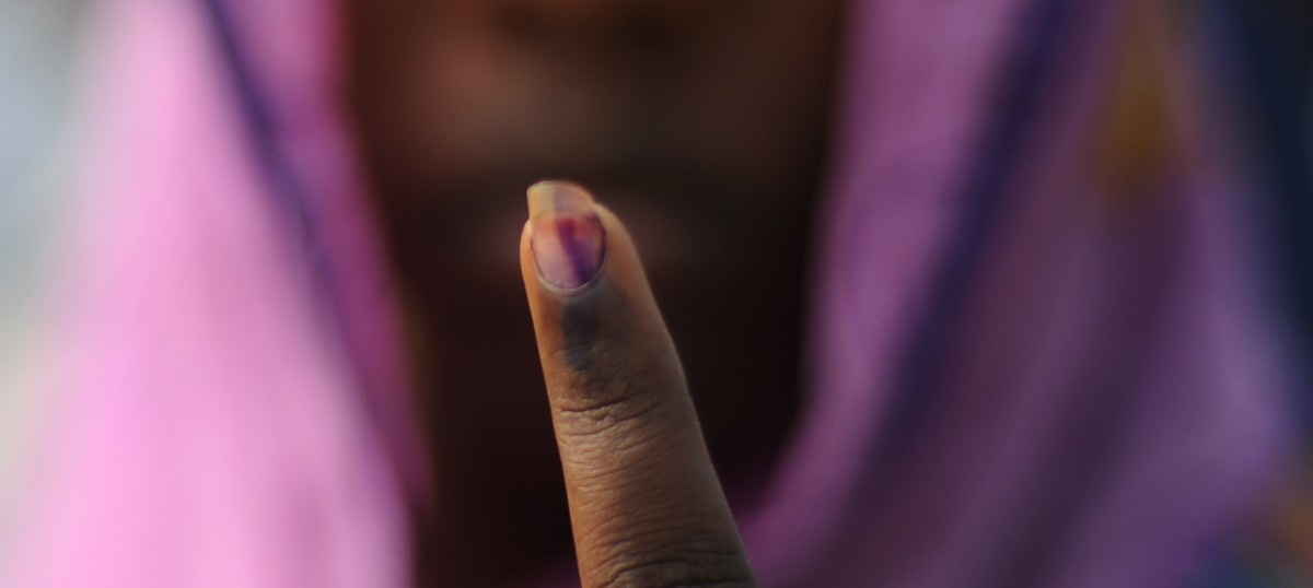 Indelible ink to be used on those exchanging demonetised cash at banks, says economic secretary