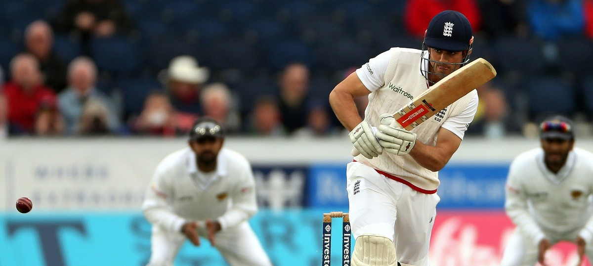 Alastair Cook will carry on as England Test skipper: Andrew Strauss