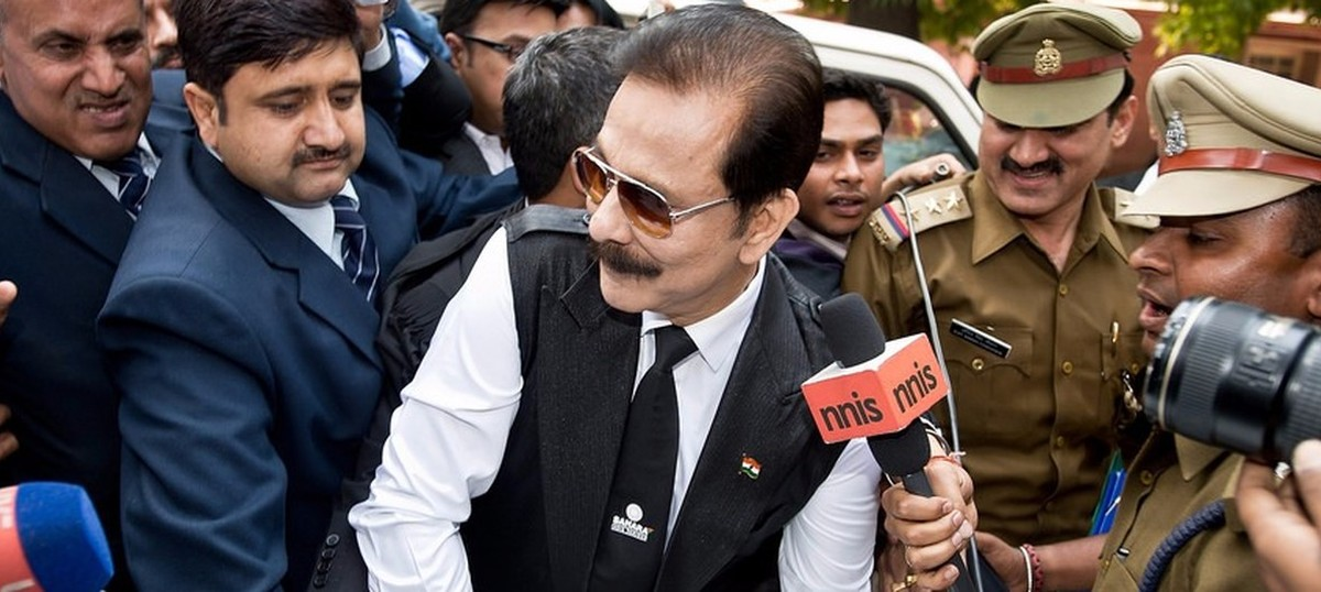 Pay Rs 600 crore by February or go back to jail, SC tells Subrata Roy
