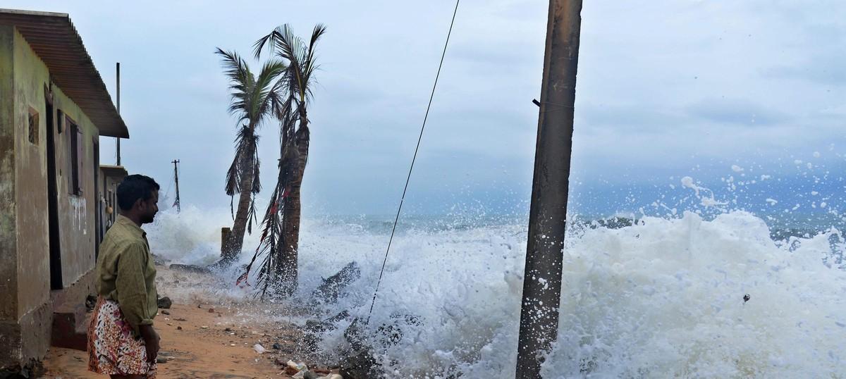 Met department issues cyclone alert for Tamil Nadu, predicts heavy rainfall