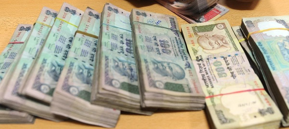 Demonetisation tricks: The hair-cut that converts old currency notes into new