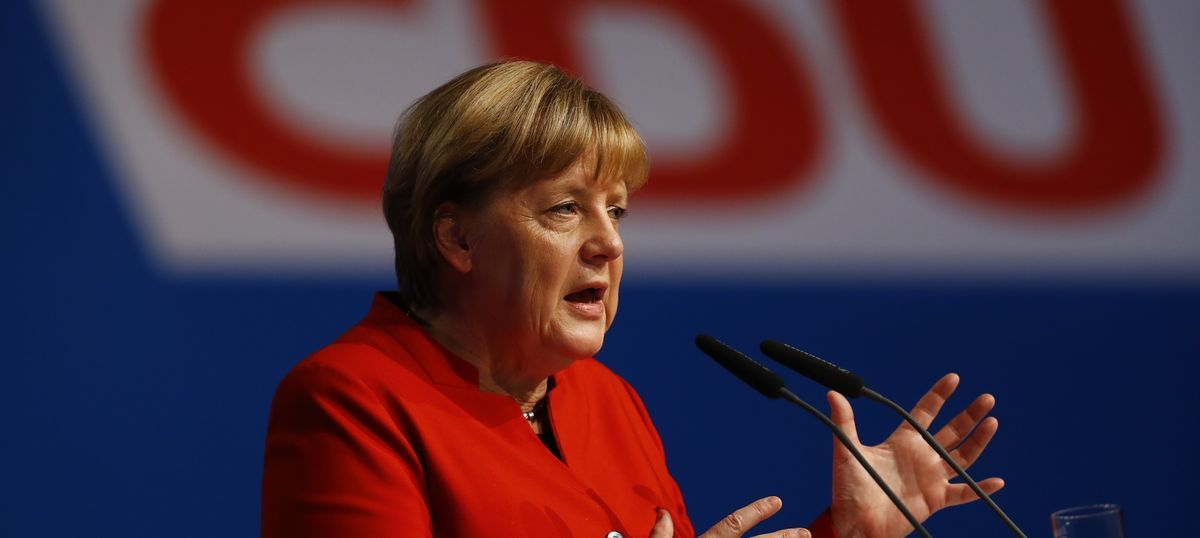 Germany: Angela Merkel calls for burqa ban, says veil must be disallowed 'wherever legally possible'