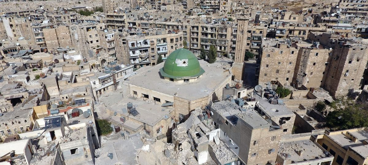 Syria: Rebels call for five-day ceasefire in Aleppo as forces loyal to Bashar al-Assad make gains