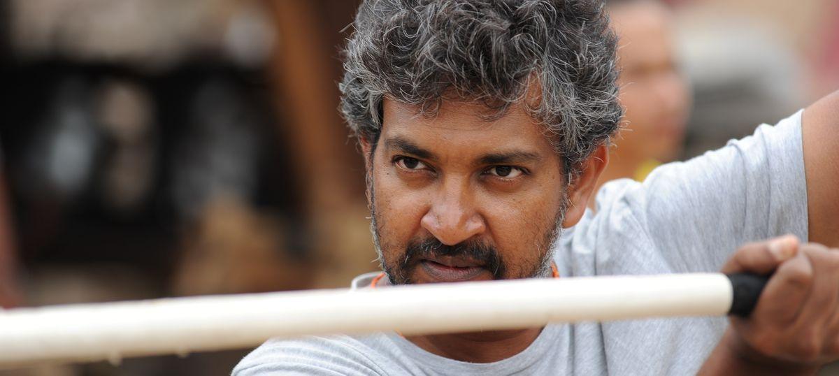 Naidu hopes Bahubali director Rajamouli will give new Andhra capital a grand Telugu touch