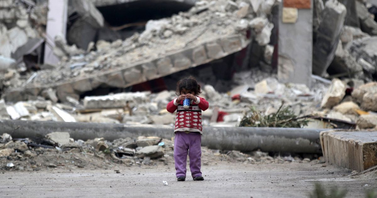 Ceasefire in Syria to come into force at midnight, Turkey and Russia to act as guarantors