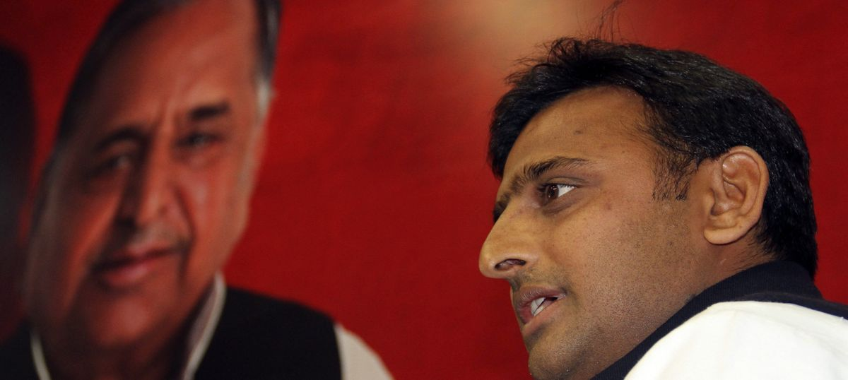 UP elections: Mulayam Singh expels Chief Minister Akhilesh Yadav from Samajwadi Party for six years