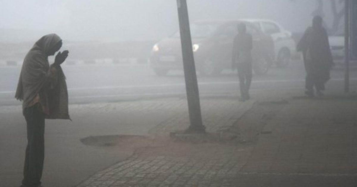 Delhi: Temperature drops to 5.2°C, lowest this season
