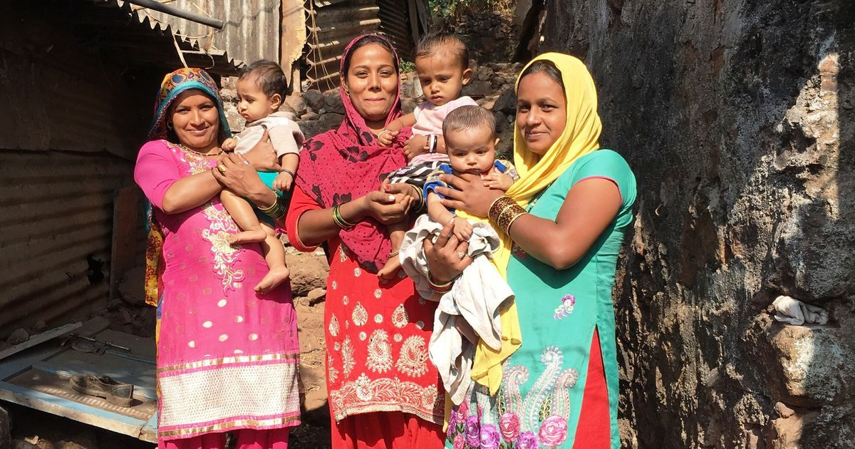 Women in a slum near Mumbai have found a 'mobile friend' to help them through pregnancy